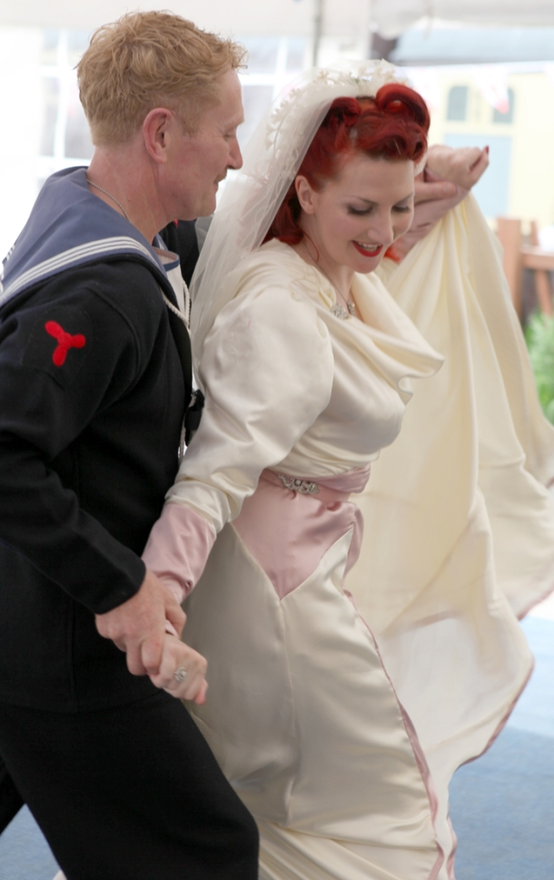 1940's wedding dance