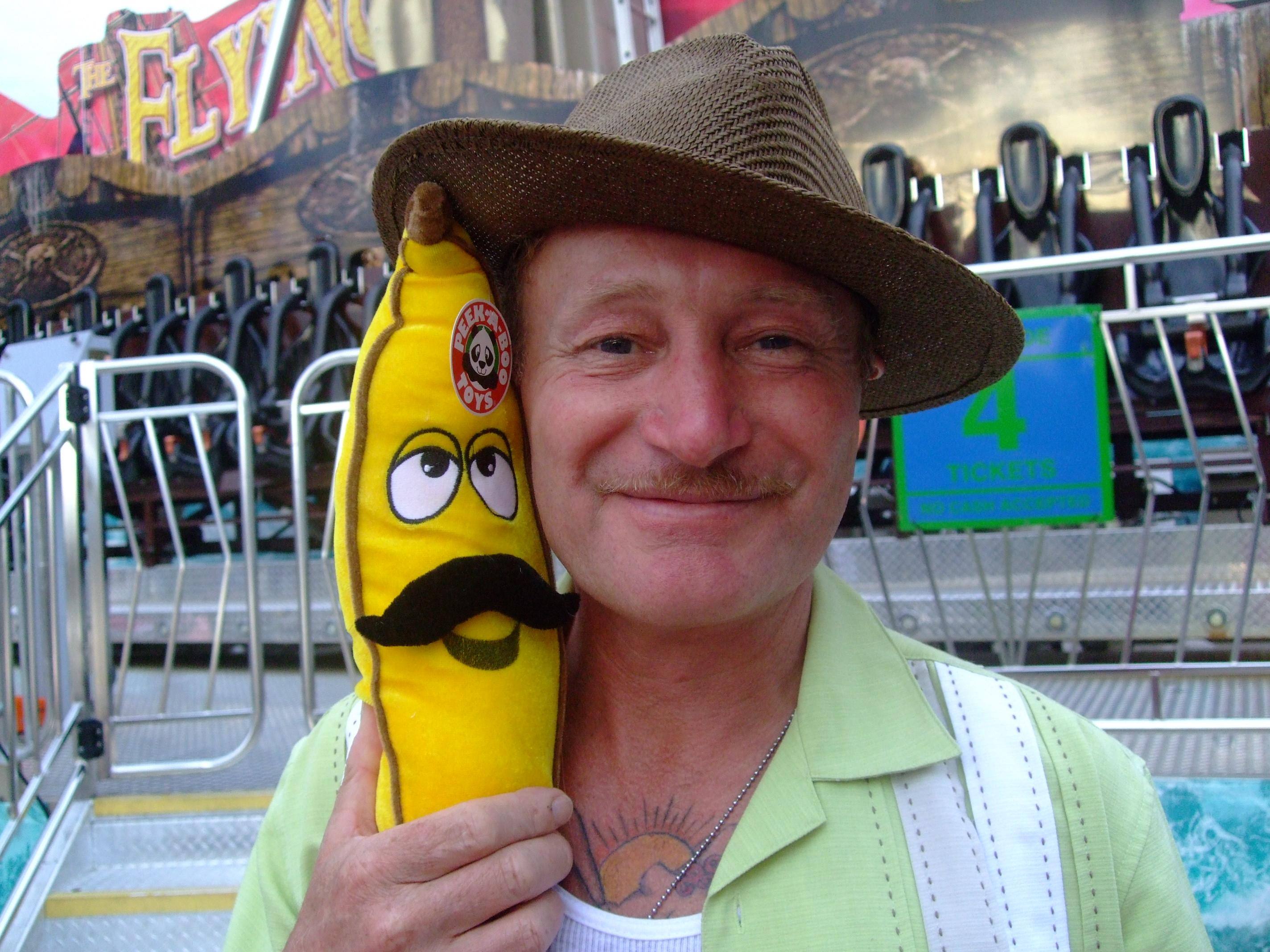 richard-von-mew-moustache