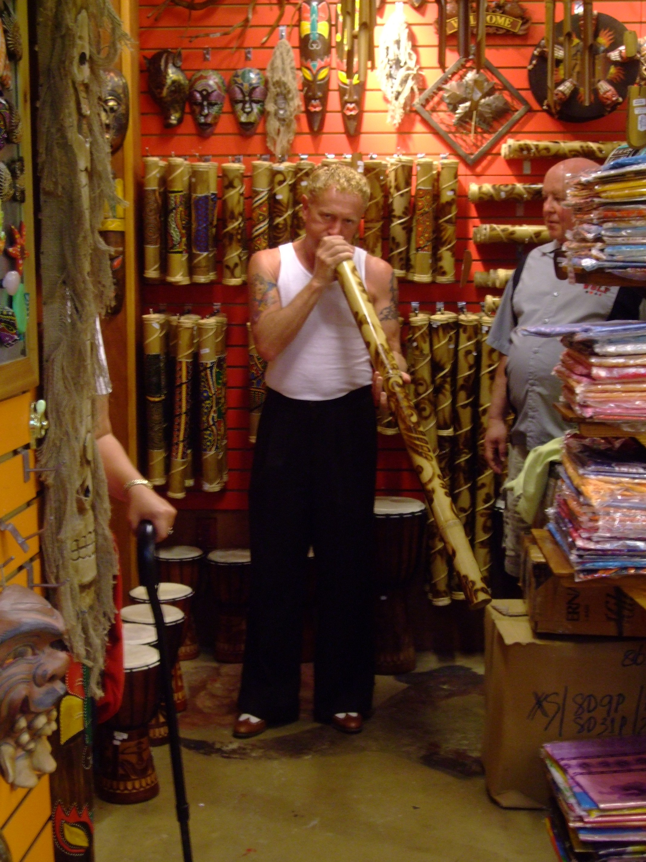 richard von mew didgeridoo