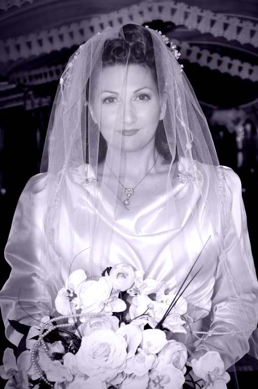 Vintage Bride Kitten Von Mew