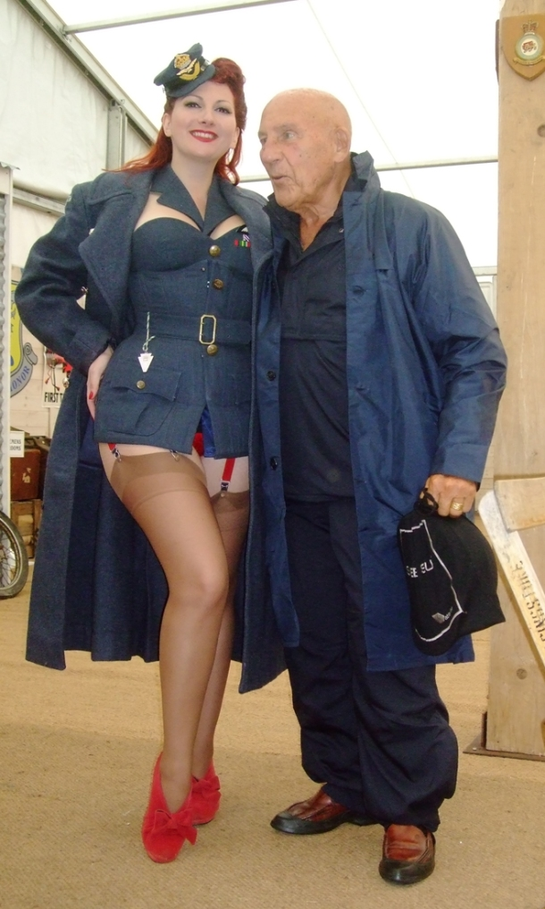 Kitten von Mew and Stirling Moss, Goodwood Revival 2012