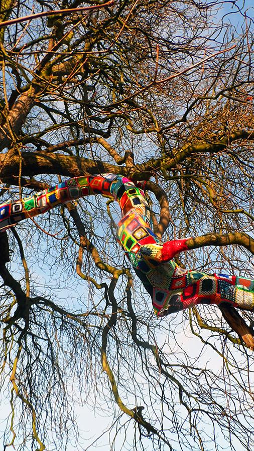 crochet bomb tree
