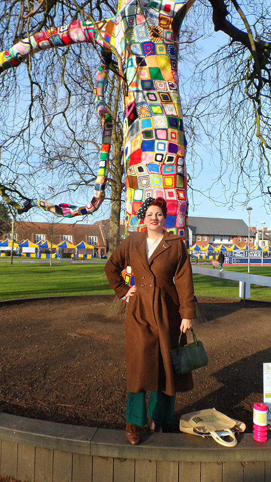 Yarn Bombing - The Remembering Tree, Stratford upon Avon (1/5)