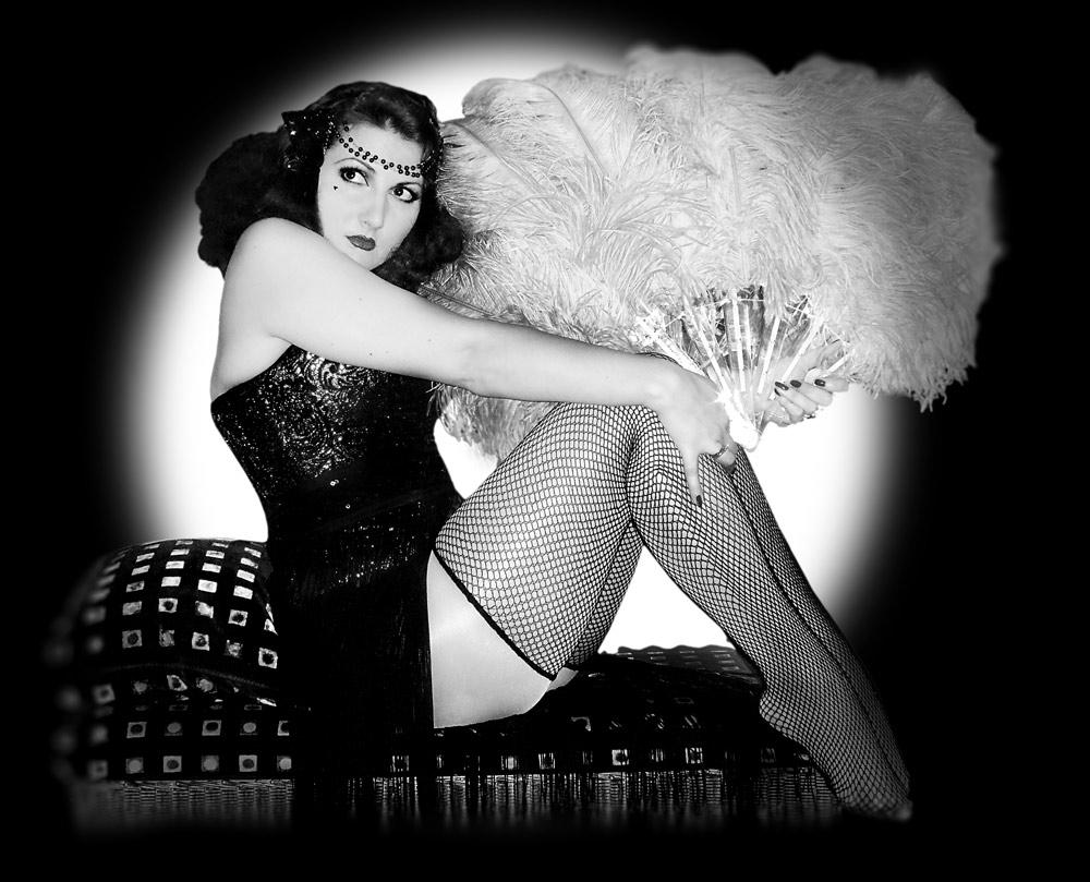 kitten-von-mew-1920's-burlesque