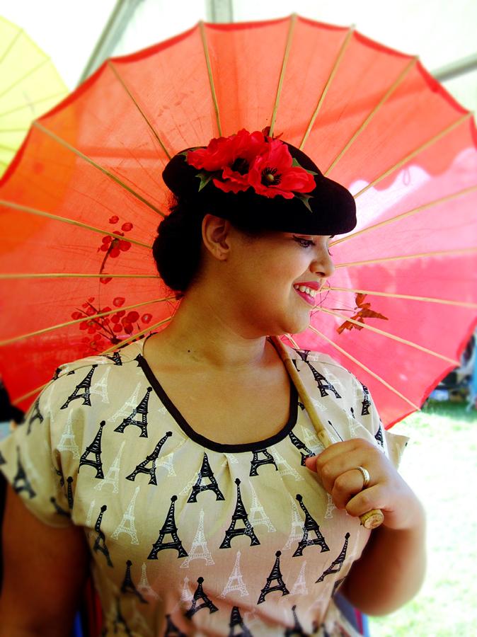 luna-nightingale-parasol