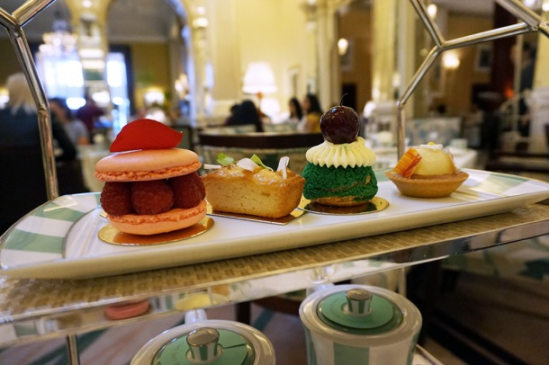 claridges-afternoon-tea-pastry-selection