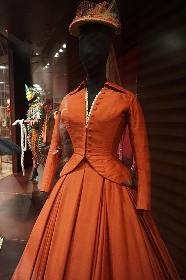 victoria-and-albert-museum-vivien-leigh-costume