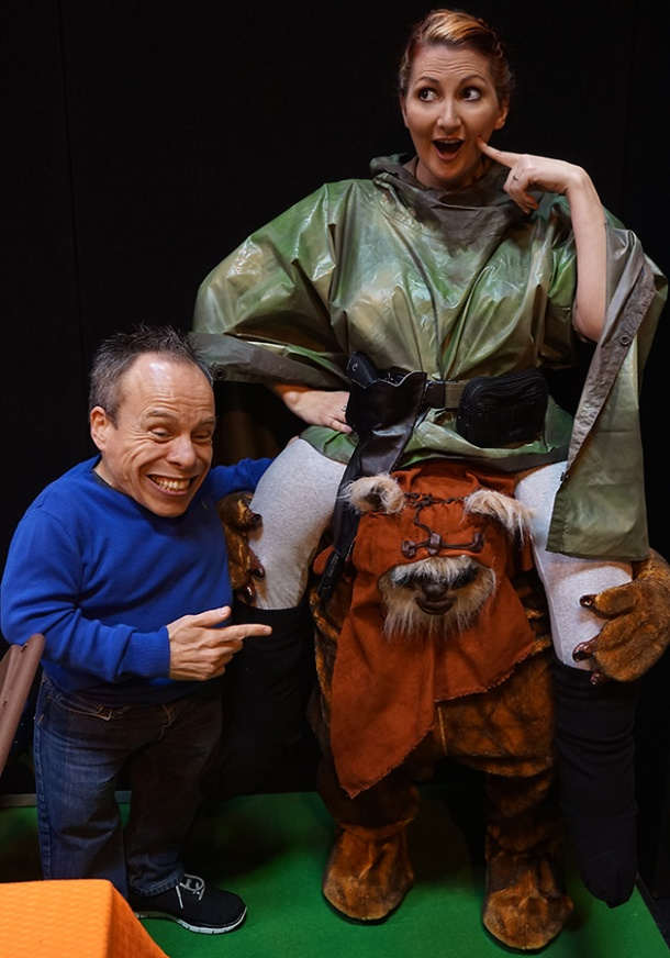 kitten-and-warwick-davis-web