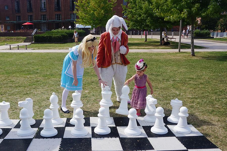 009 Alice Rabbit Betsy Chess WEB