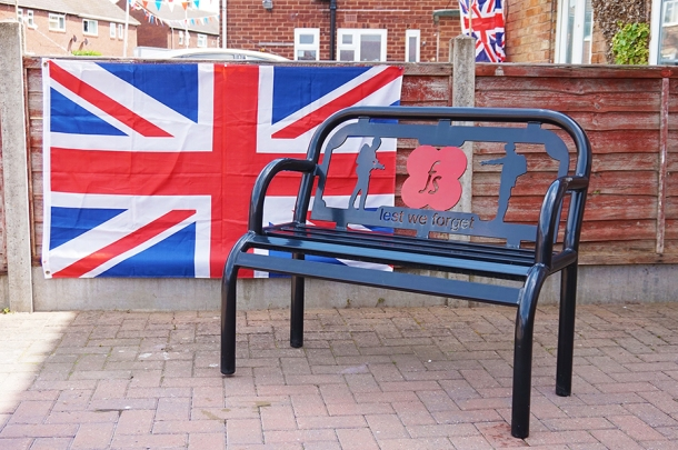 010 ve day - remembrance bench web